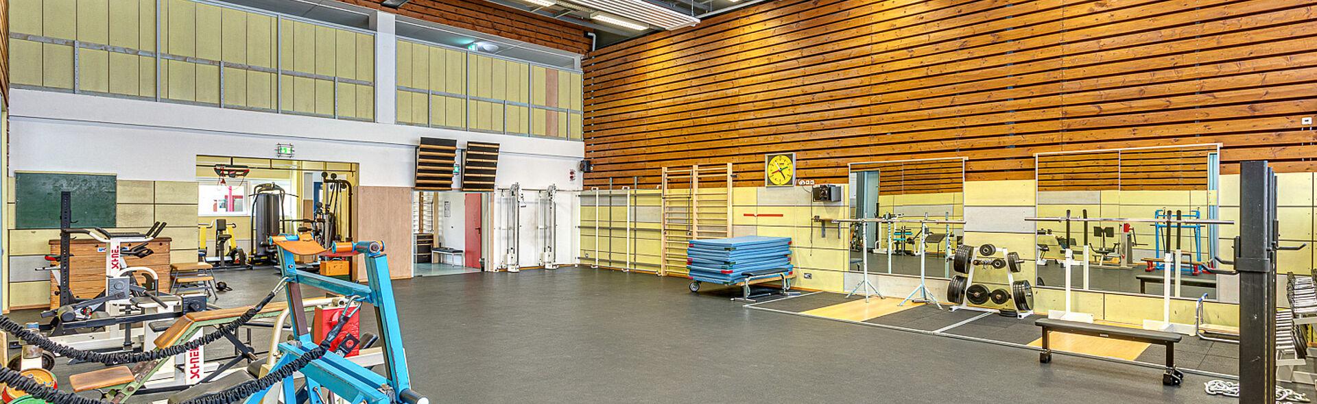 Krafthalle Trainingszentrum Bundesstützpunkt Oberwiesenthal